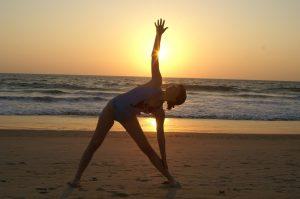 Yoga Studie @ Wiese am Sportgelände | Puchheim | Bayern | Deutschland